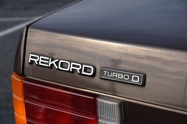 Rekord E2 Turbo D DSC_0002_zpsl0yo4lq8