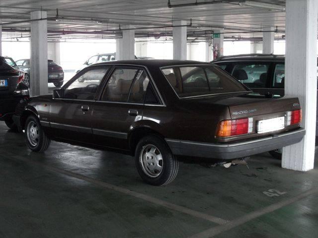 Rekord E2 Turbo D SAM_3423_zpsms0yab4c