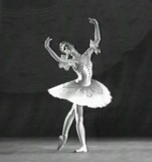 Uliana Lopatkina Pax1997lopBW