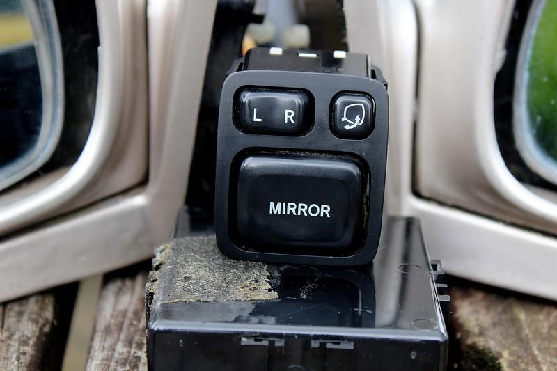 FS: AE101 Corolla JDM Power Folding Mirrors IMG_2317-resized