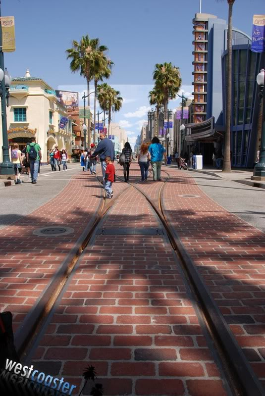 [Disney California Adventure] Placemaking et futur du Parc - Page 19 041910-dca004-sm