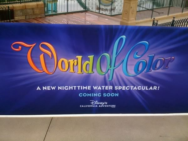 [Disney California Adventure] Le show nocturne World of Color (11 juin 2010) - Page 2 85011835-1f71c3dff8096ea6814cb40c2a