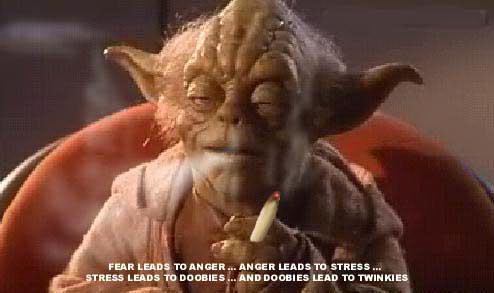 Star Wars Humor [Como nunca lo viste] Yoda_smoke