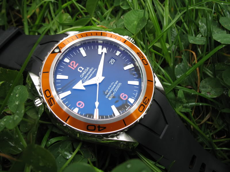 Mon Omega Planet Ocean 2201 50 00 - Page 2 Planetocean010