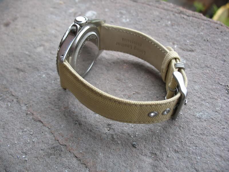 C est quoi comme matiere le CANVAS pour les bracelet ? Tudor066