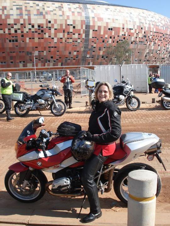 Soweto ride - 7 February 2010 DSC07639_2