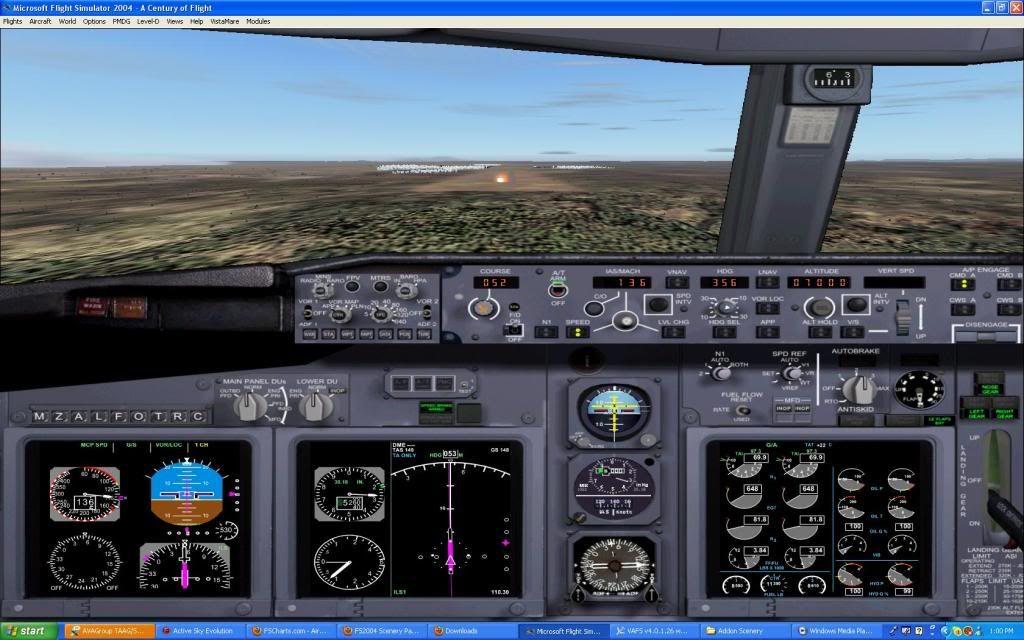 Taag 737-700w Screen24-2