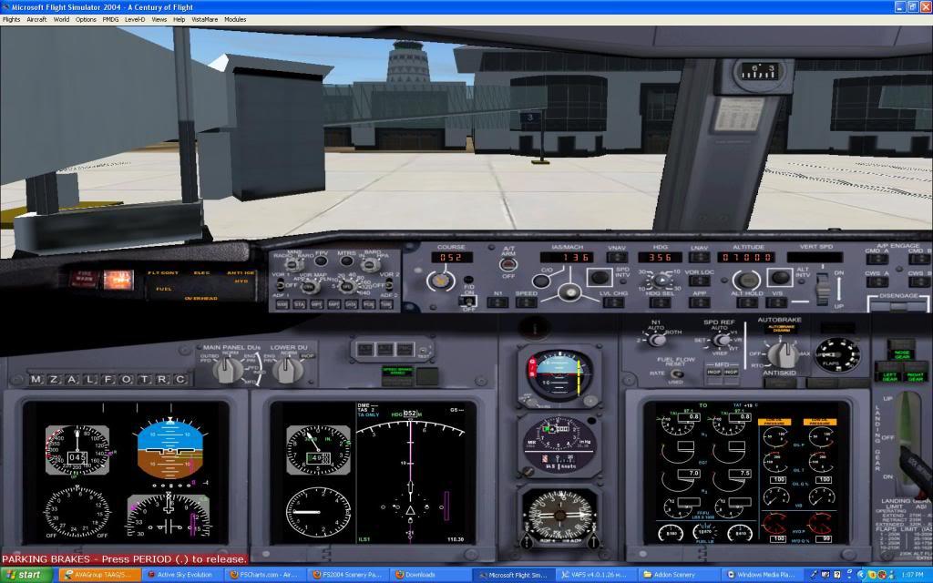 Taag 737-700w Screen34-2