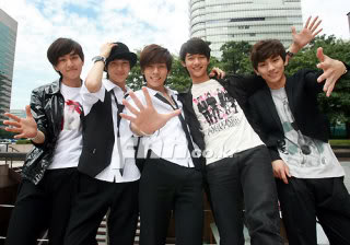 WE'RE LIVING IN THE SMTOWN!~ (OFFICIAL SHINee THREAD :D) 0000p7ps