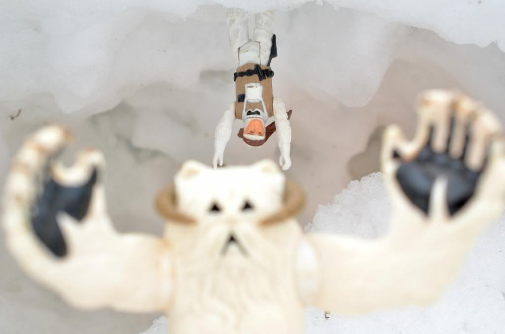 Star Wars Figures in Action!!: Overview On Page 1 - Page 9 Wampa97_zpsdf83b1d4