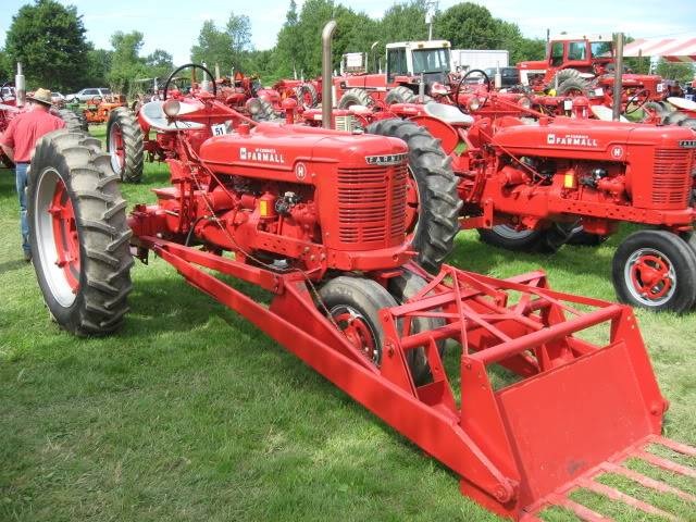 Tractor Show Pics IMG_1624