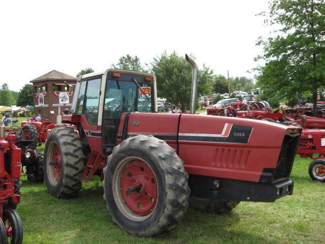 Tractor Show Pics IMG_1634