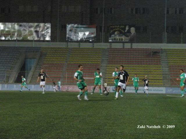 تغطية الحصرية للدوري الفلسطيني لموسم 2009/2010 (فوز كاسح لجبل المكبر على الخضر وتعادل واد النيص والعبدية ) - صفحة 2 PA160059