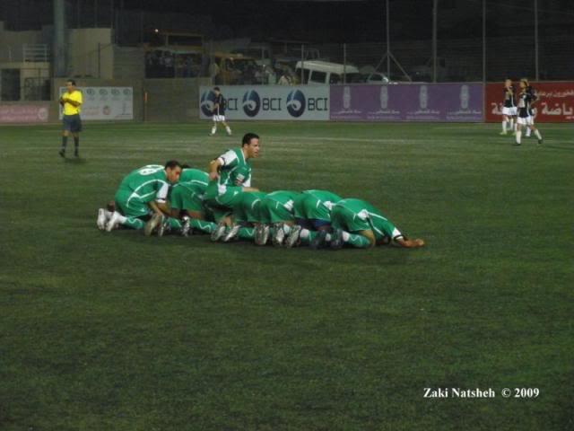 تغطية الحصرية للدوري الفلسطيني لموسم 2009/2010 (فوز كاسح لجبل المكبر على الخضر وتعادل واد النيص والعبدية ) - صفحة 2 PA160119