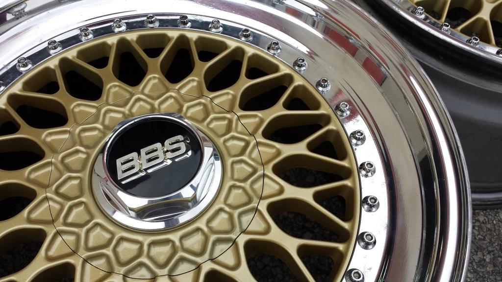 FS: BBS RS 17x9et26/9.5et26 - Refinished  20140917_152625_zpsrz1cbmwd