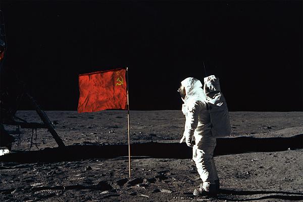 Historia de Dolmatovia Fssi-on-the-moon_zpsulusnqhb