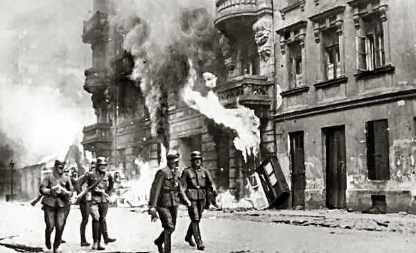 Historia de Dolmatovia Warsaw-uprising_zps0d8f6d14