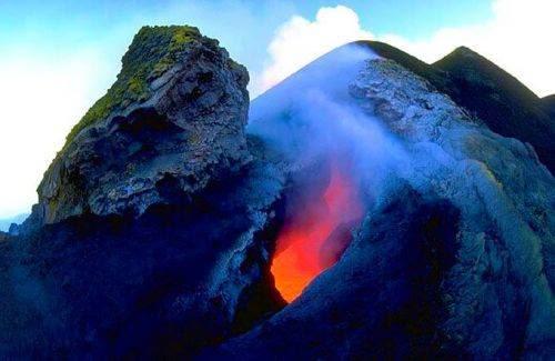 Vulkani Etna_volcano_europe_10