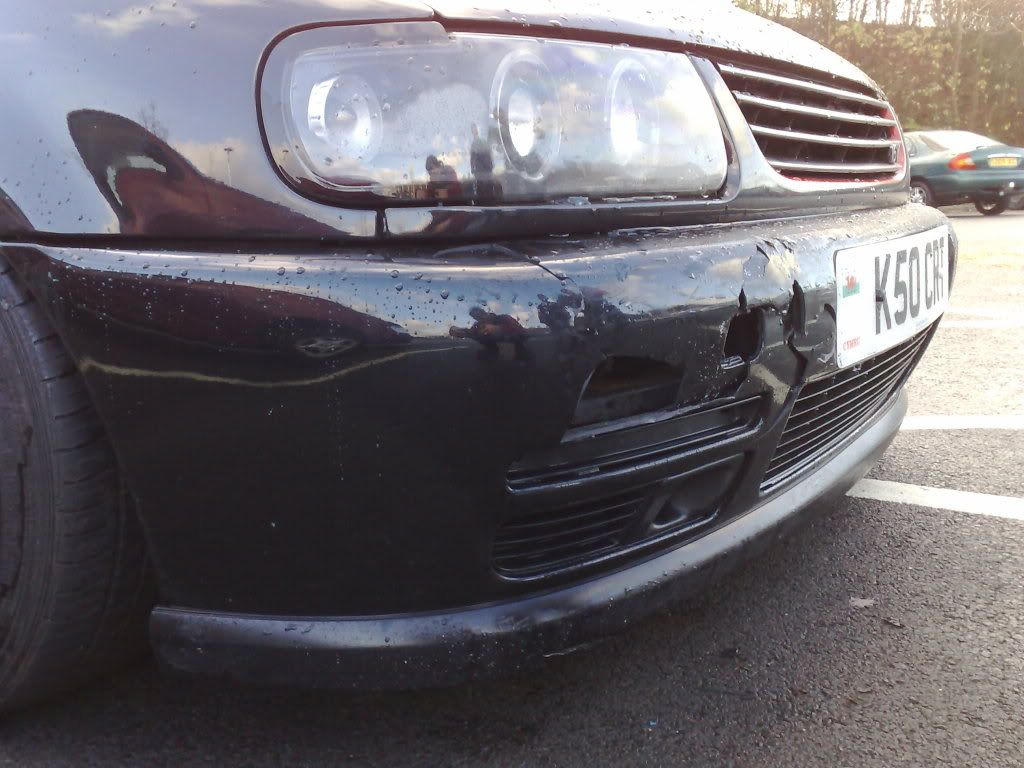 My poor polo :-< Crashespolo2
