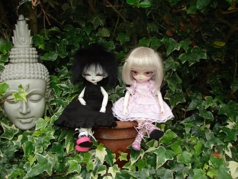 Viktor Mangabee + My Hujoo babies Buddhagirls