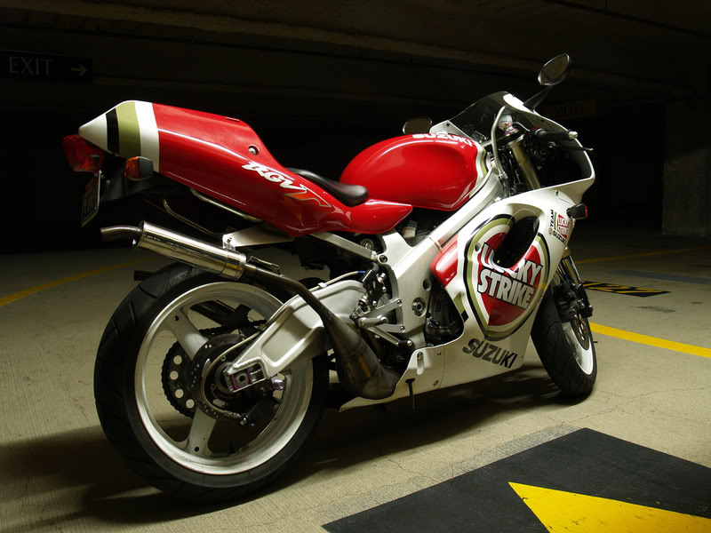 Suzuki 250 RGV 2200769560_14d713699a_b