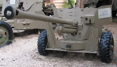 Bộ sưu tập vũ khí của VN trong 2 cuộc kháng chiến 57mm_qf6