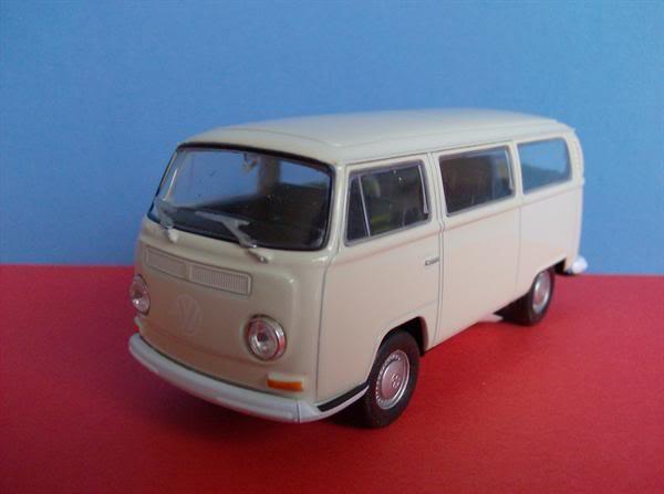 VW Kombi T2 escala 1/38 da Welly KombiT2WellyMedio7