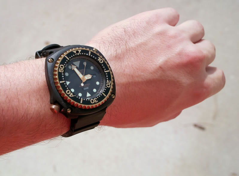 The History of Citizen Dive Watches Wrist3