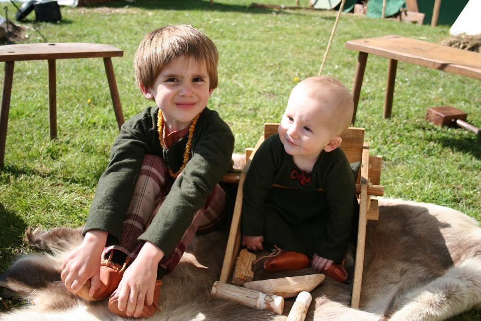 Bébé viking (inspiration) LesenfanstagraveSully_zpsa0a0c6b0