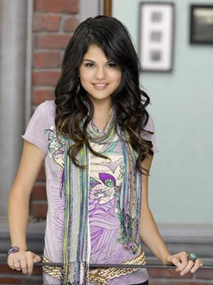 Stephanie Jonhson//Selena Gomez SelenaGomez06
