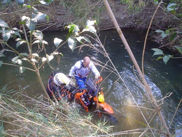 Fishing in the Pienaars River DSC03088
