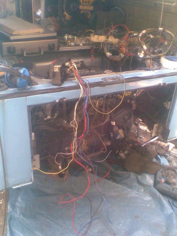 ..'76 Baywindow...briefly EJ20T now going superfly Tdi - Page 3 Wiringloom11