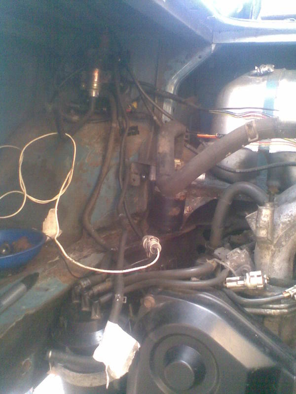 ..'76 Baywindow...briefly EJ20T now going superfly Tdi - Page 3 Wiringloom12