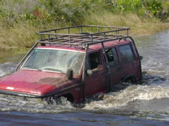 my old jeeps Pq9Um9i-51f4dd0ae9cabd5c6d559afbc85