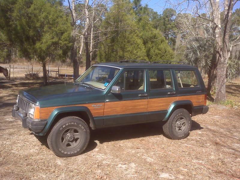 my old jeeps Utf-8BSU1HMDAxMzcuanBn