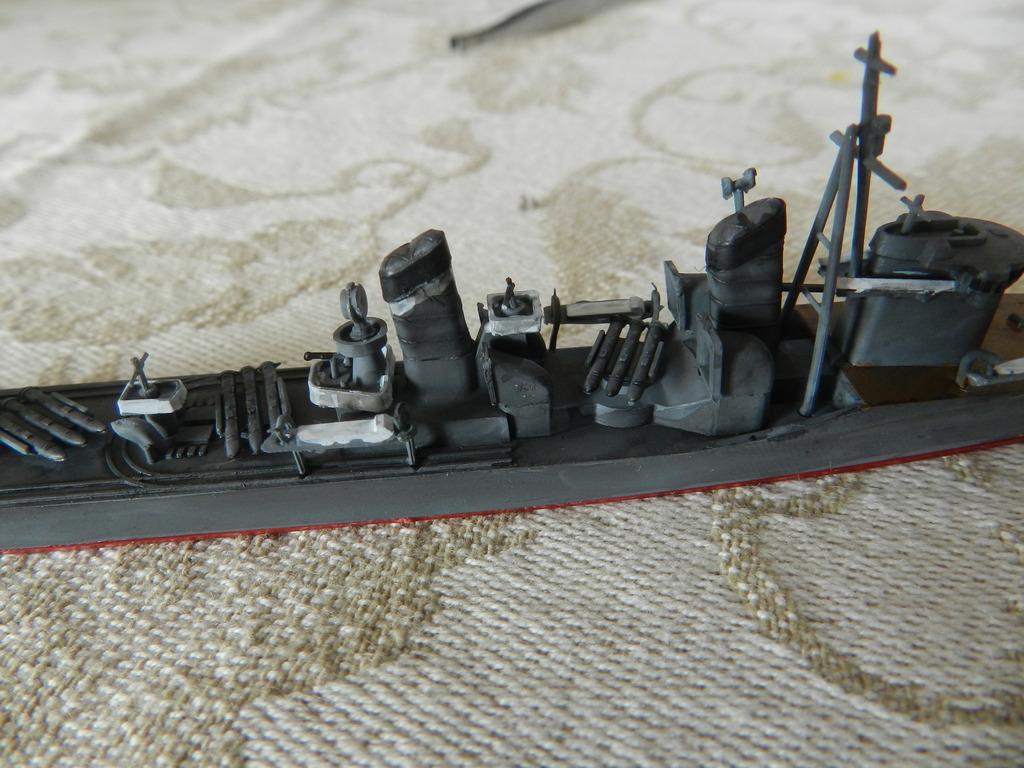 Akagi Trois ponts Hasegawa 1/700 et son escorte DSCN09391_zpsncss77iu