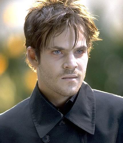 ¿Cuales son los mejores vampiros de la TV? DeaconFrost