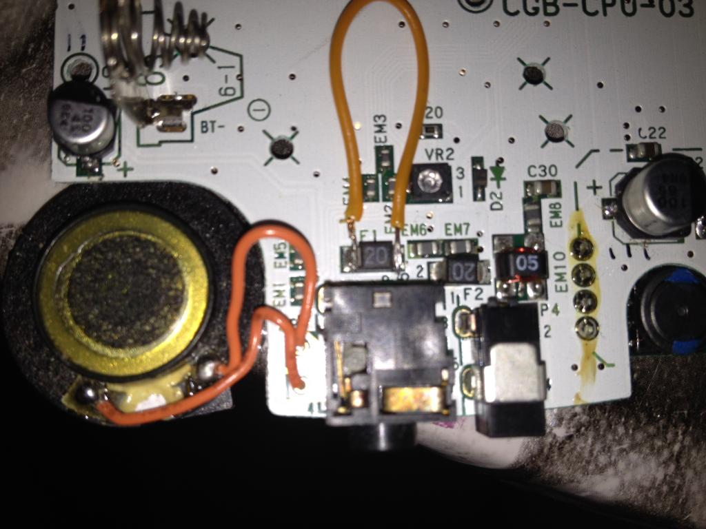 [MINI TUTO] Reparando una Game Boy Color que no enciende 9521F036-00AD-473A-B62F-4FF87C25BA8F_zps7i938niv