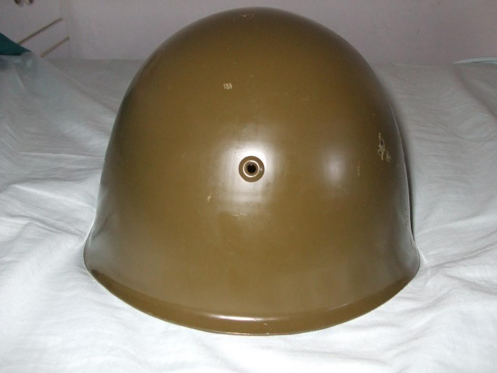 Bulgarian M72 steel helmet DSCF2405_zps41b80308