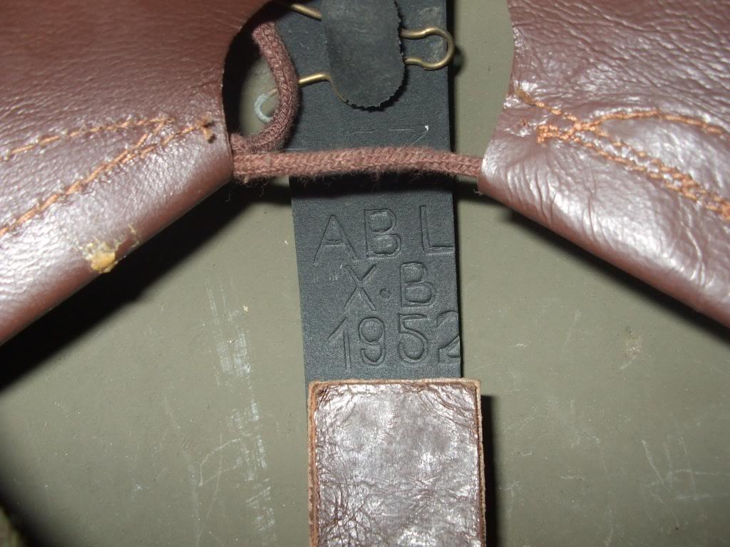 Belgian Mk II helmet DSCF2216_zps372aa7df