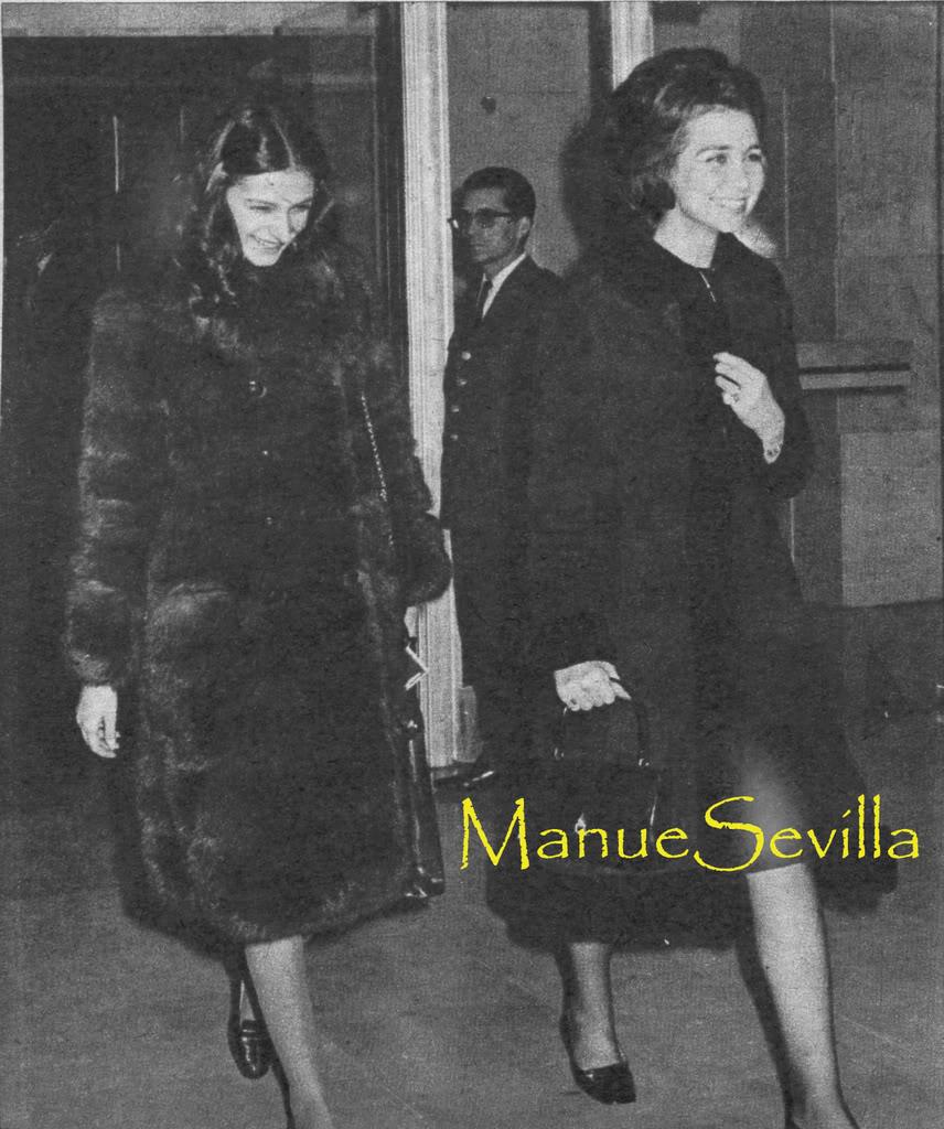 Boda de los Duques de Cádiz, Alfonso y María del Carmen - Página 2 19