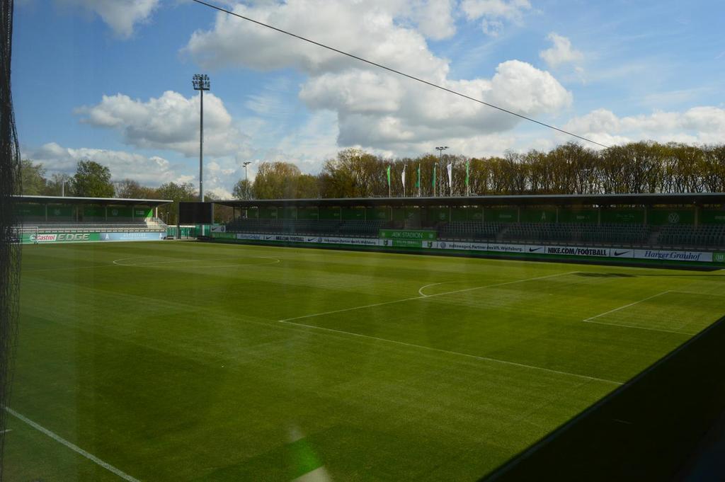 Viagem a Wolfsburg - 22 a 25 Abril 2017  - Página 2 DSC_0102_zpsprttwchk