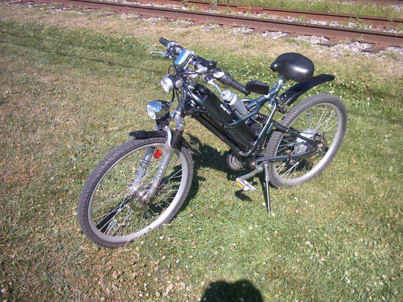 Avez-vous des renseignements sur ce vélo  ???? :-) 88-1