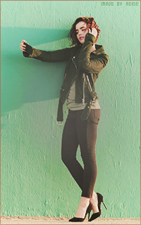 Lily Collins 069_zpsyucck5rn