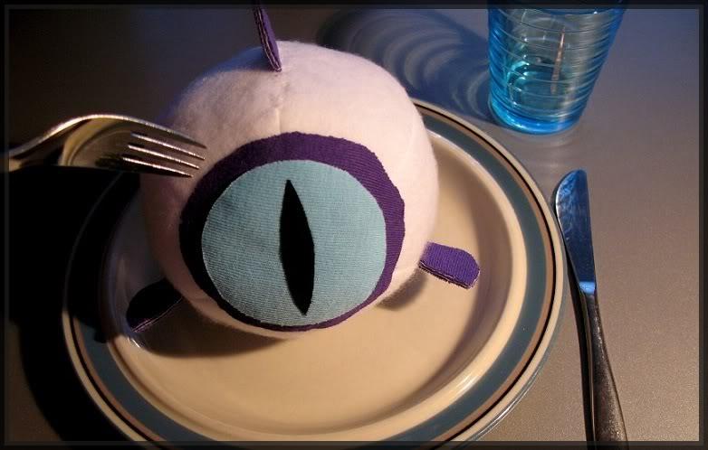 ว่ากันด้วยของกินใน 07-Ghost 07_ghost___eyefish_2_by_novaura-d2y0gpg