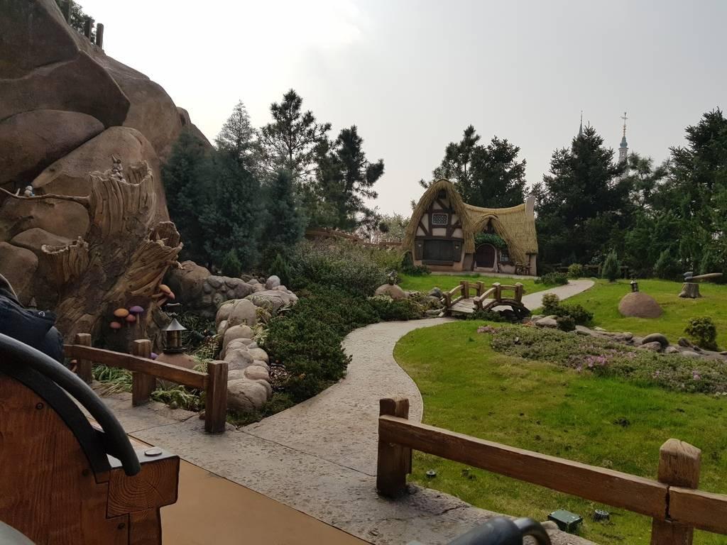 Zavandor a Shanghai Disneyland - Impressioni 20180322_093052_zps8sb238e0
