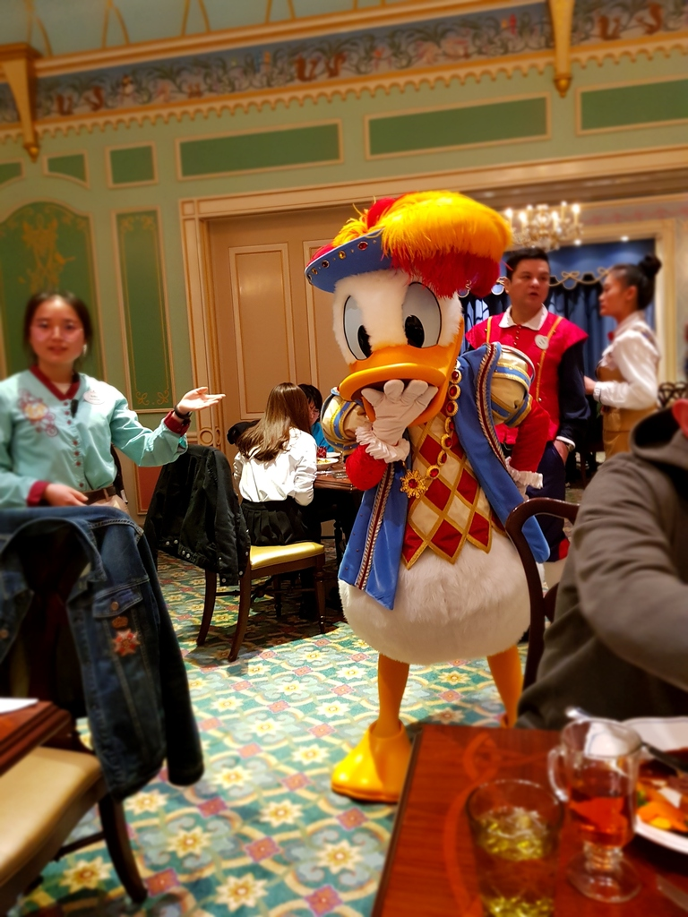 Zavandor a Shanghai Disneyland - Impressioni 20180323_191609_zpsx75sh04c
