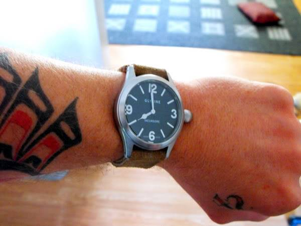 ¿Qué no soportas en un reloj? Incursore-suede