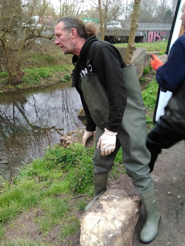 Hogsmill volunteers, A Job Well done :-) IMG_20150319_113135