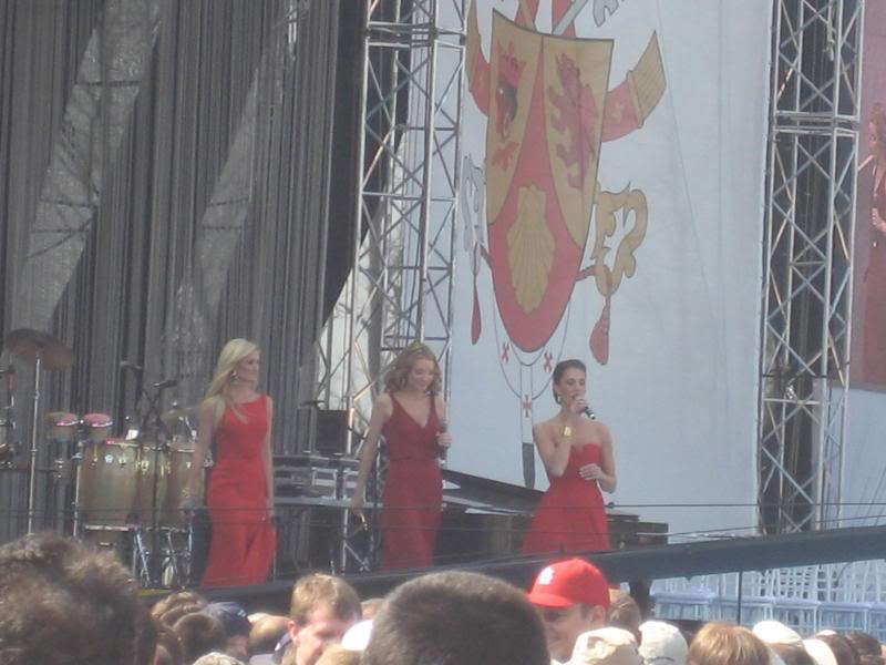 Three Graces at the Pope Youth Rally · April 19th 2008 IMG_0985